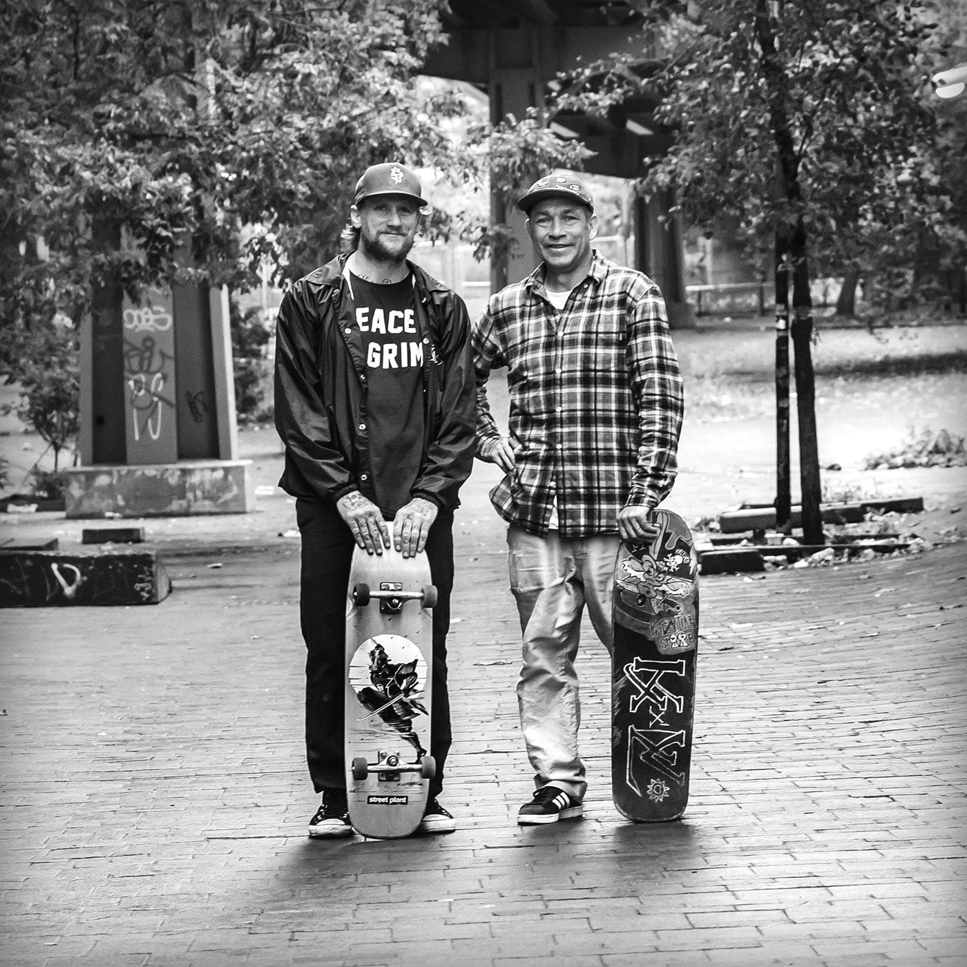 Mike Vallely & Mark Gonzales Skating The Brooklyn Banks
